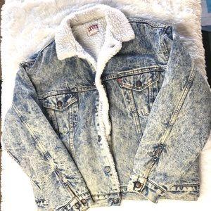 Levi's vintage acid wash Sherpa lined denim coat